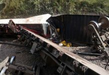 Train derailment kills at least 30 in DR Congo