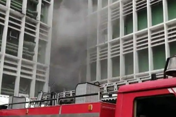Massive fire breaks out at AIIMS Delhi, 22 fire tenders on spot