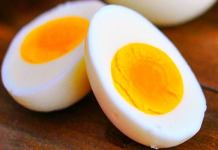 Hotel Charged Rs. 1700 For Two Boiled Eggs