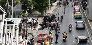 Two serial blasts in Bangkok, two injured