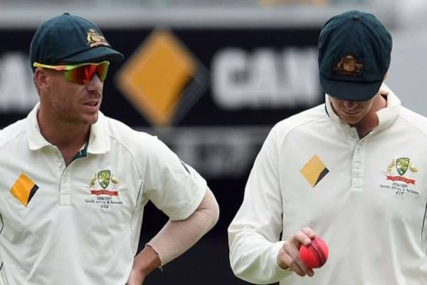 david warner-used-tape-on-his-hand-for-ball-tampering-says-alastair-cook