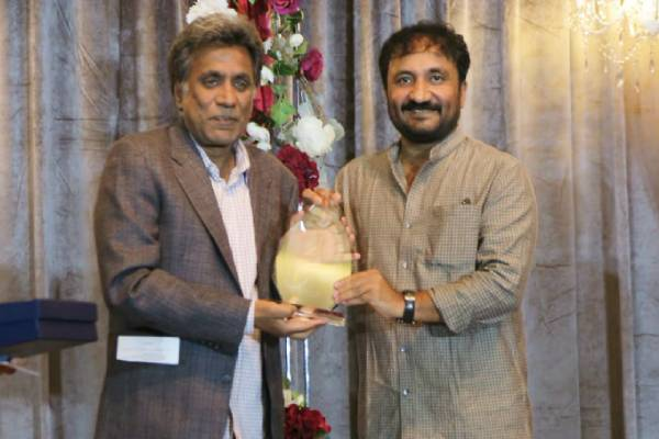 super-30-founder-anand-kumar-honoured-with-education-excellence-award-in-us