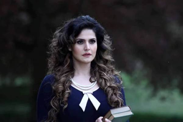 areen-khan-on-casting-couch-director-wanted-to-rehearse-kissing-scene