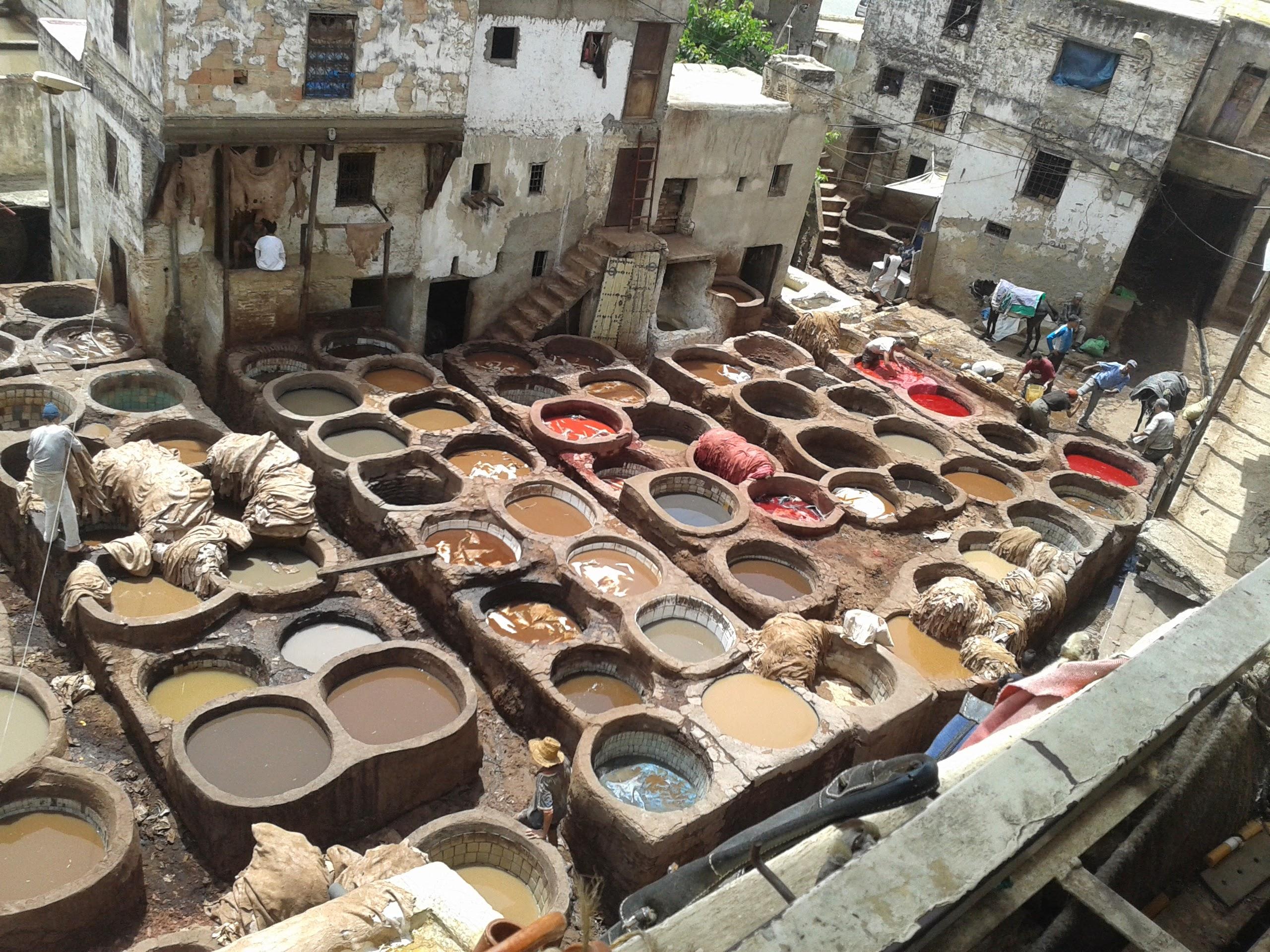 paint baths fez marocco