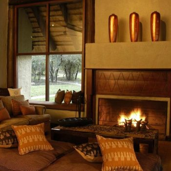 Sabi Sabi Little Bush Camp Accommodation Fireplace