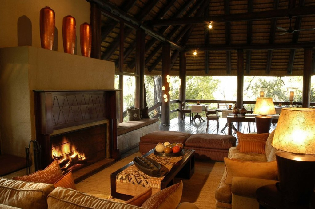 Sabi Sabi Little Bush Camp Lounge