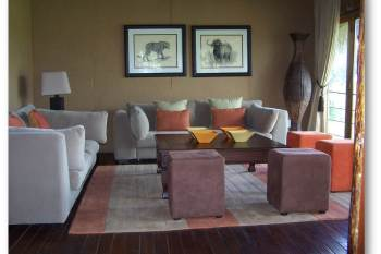 Simbambili Game Lodge Lounge