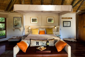 Ulusaba Safari Lodge River Room Sitting Area