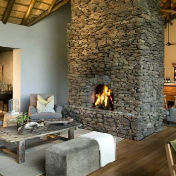 Narina Lodge Accommodation Luxury Suites Fireplace