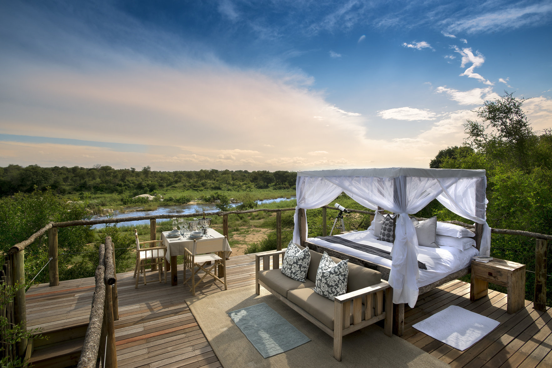 Tinyeleti Treehouse Overviews