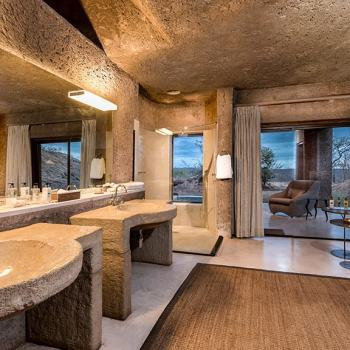 Sabi Sabi Earth Lodge Luxury Suite Bathroom