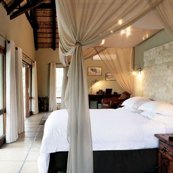 Arathusa Safari Lodge Luxury Bedroom