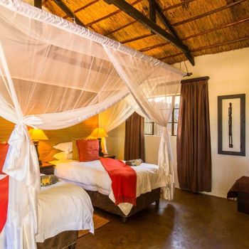 Umkumbe Safari Lodge Standard Accommodation