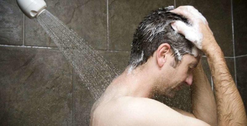 TIPS Do you know how often shampoo should be in the hair (1)