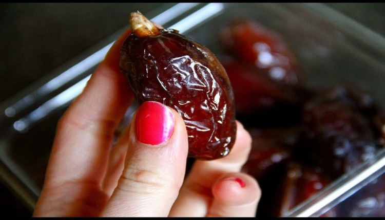 These benefits are made by consuming dates with milk in winter.