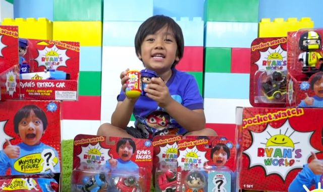 little Ryan earns in one year Watch YouTube worth 154 crores on YOUTUBE and list of TOP 10 (1)