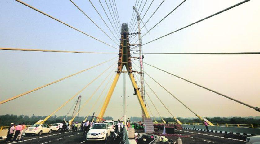 Interesting things about the Signature Bridge built in Delhi (1)