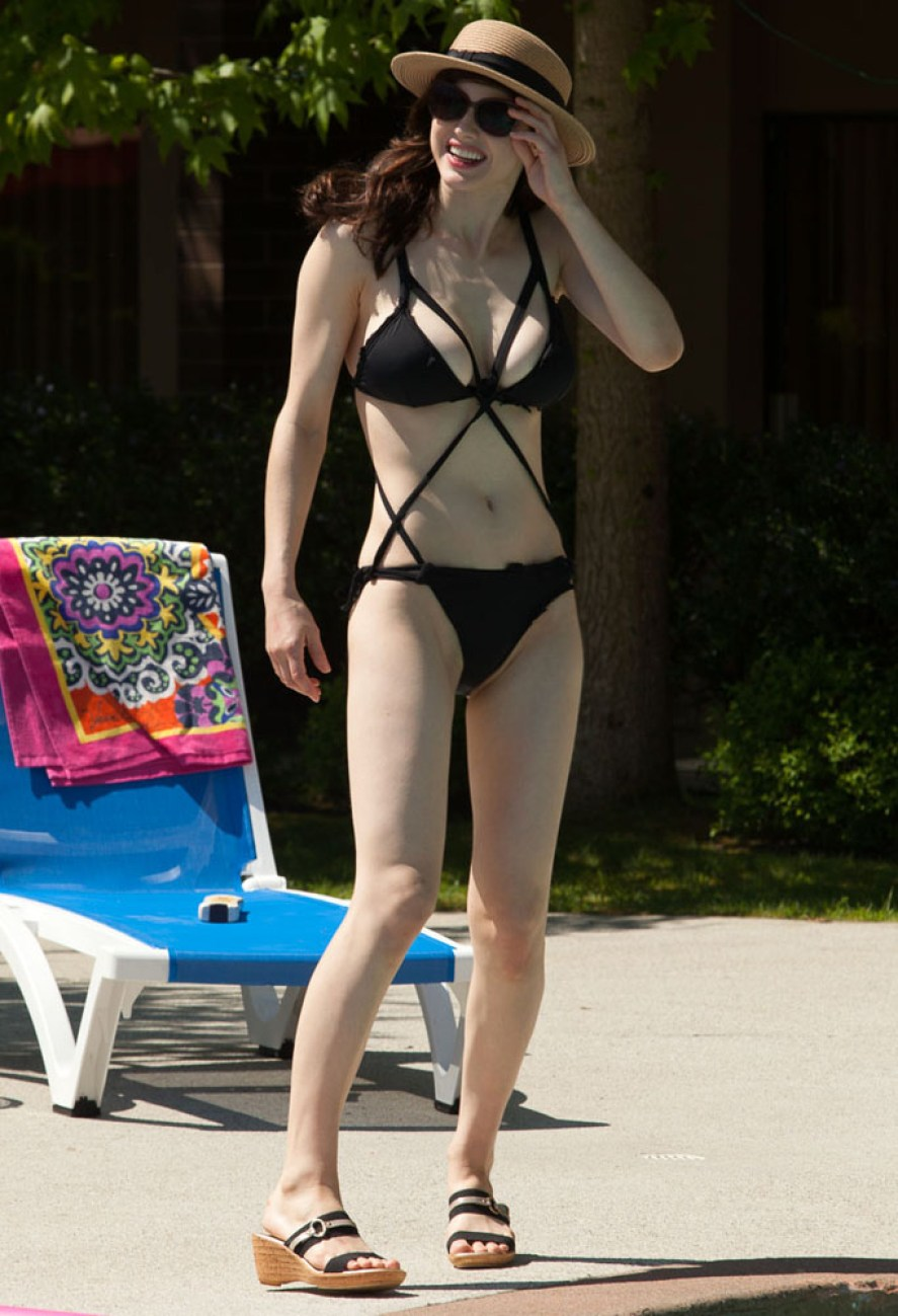 Hollywood actress body footer who wants to see people