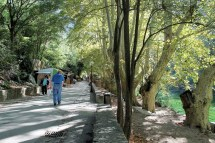 Fontaine De Vaucluse - Secret Provence Vacation