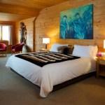 Chambre d'une suite exécutive à l'hôtel sacacomie à St-Alexis-des-Monts.