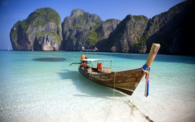 Maya Bay, Koh Phi Phi Ley, beach Thailand.