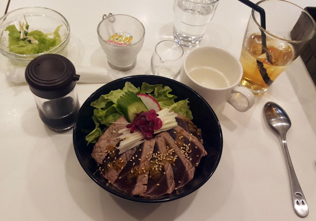 @round restaurant kamakura japan
