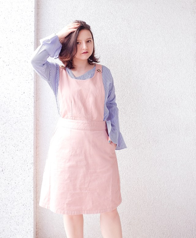 back to school outfit- apron pinafore pink - joanie clothing