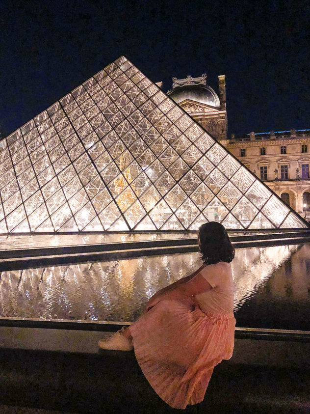 paris 2-day itinerary_louvre pyramid night