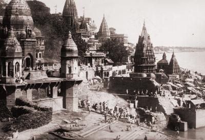 The Ghats at Benares, 1922 (Public Domain Image)