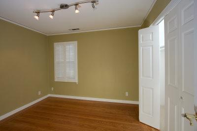 3241 Shasta Way  Country Club Estates sacramento rental 95819 95831 95823 95825 Sacramento