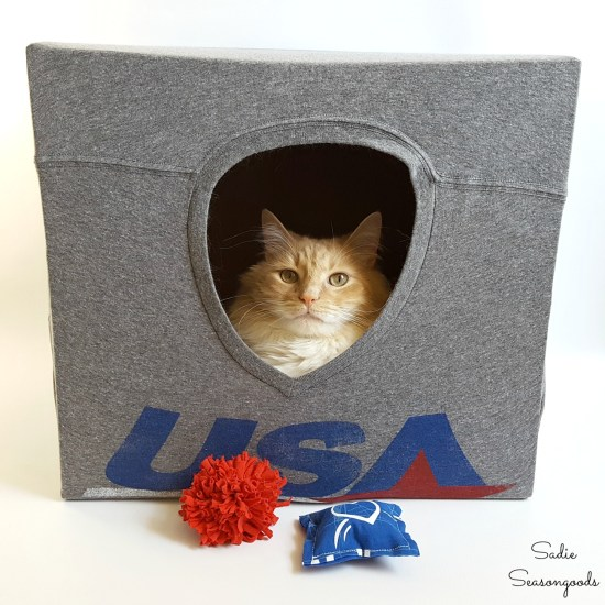 Cat cave and cat toys made from old t shirts or t shirt fabric with these upcycling ideas and craft projects by Sadie Seasongoods
