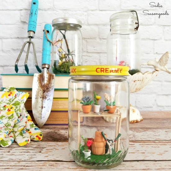 How to make Spring home decor in a pickle jar or jam jar using dollhouse miniatures for Spring garden
