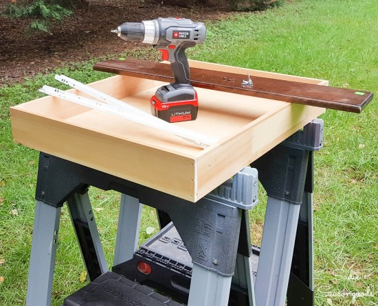 How to turn a drawer into a shallow crate