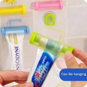 FREE SHIPPING Bathroom Set Accessories Rolling Tube ToothPaste Squeezer bathroom