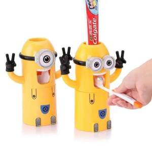 FREE SHIPPING Minion Automatic Toothpaste Dispenser and Toothbrush Holder Accessories