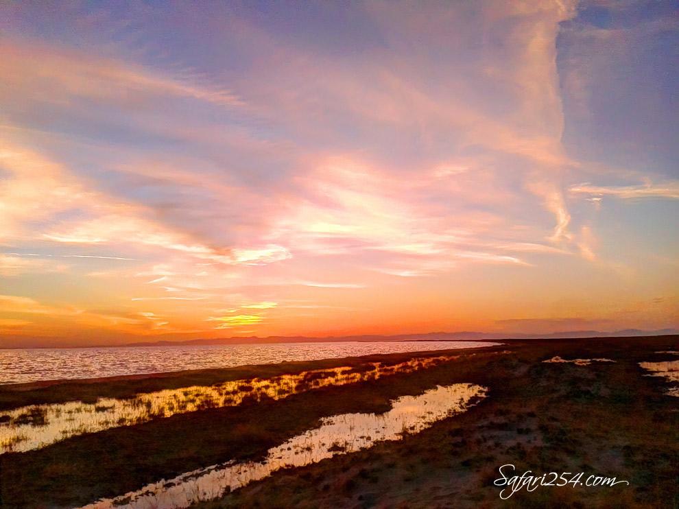 Koobi Fora Camp_Lake Turkana Sunset_red hues