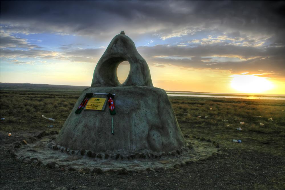 turkana eclipse_monument