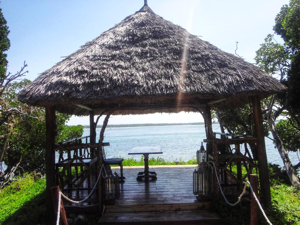 Temple Point Resort_Hut