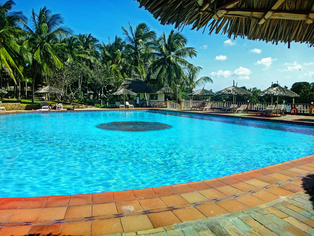 Temple Point Resort_pool