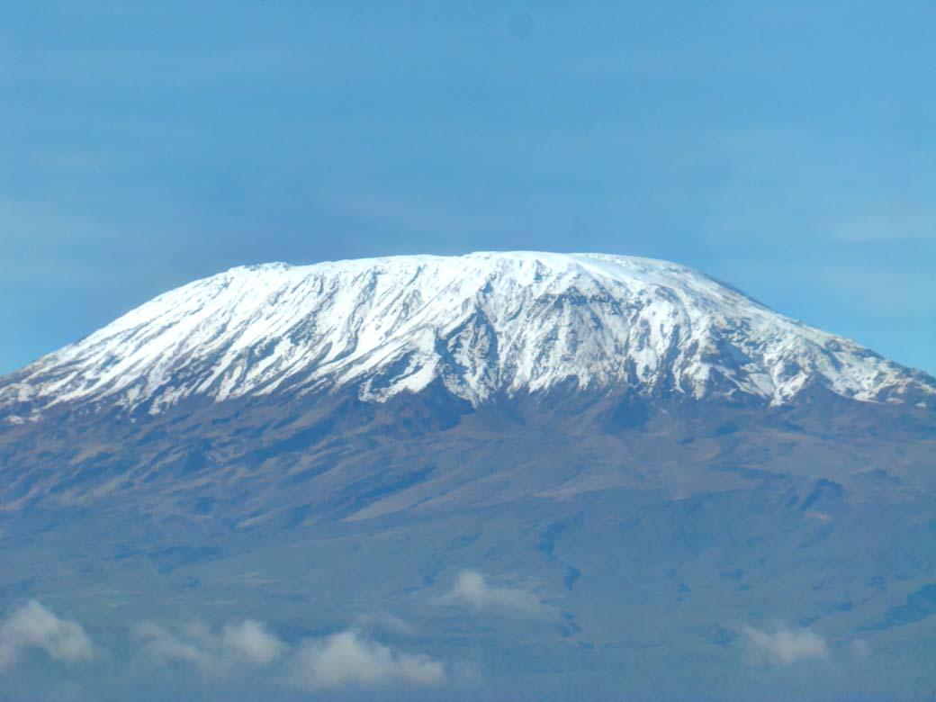 Amboseli National Park_Kilimanjaro snow cap
