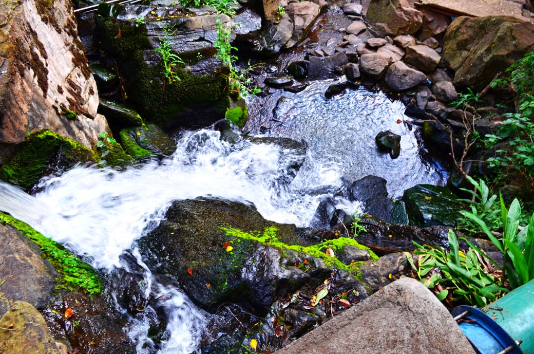 Oloolua Nature Trail_Waterfall1