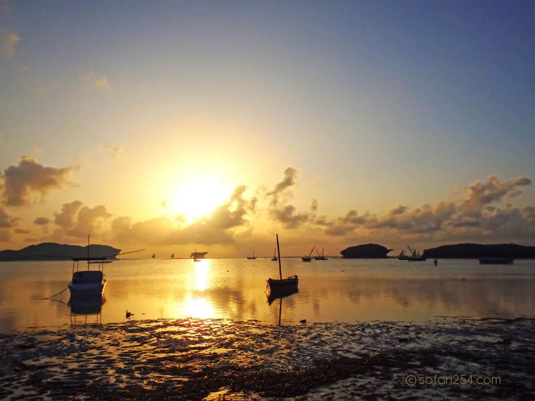 Watamu Beach_touch of gold16