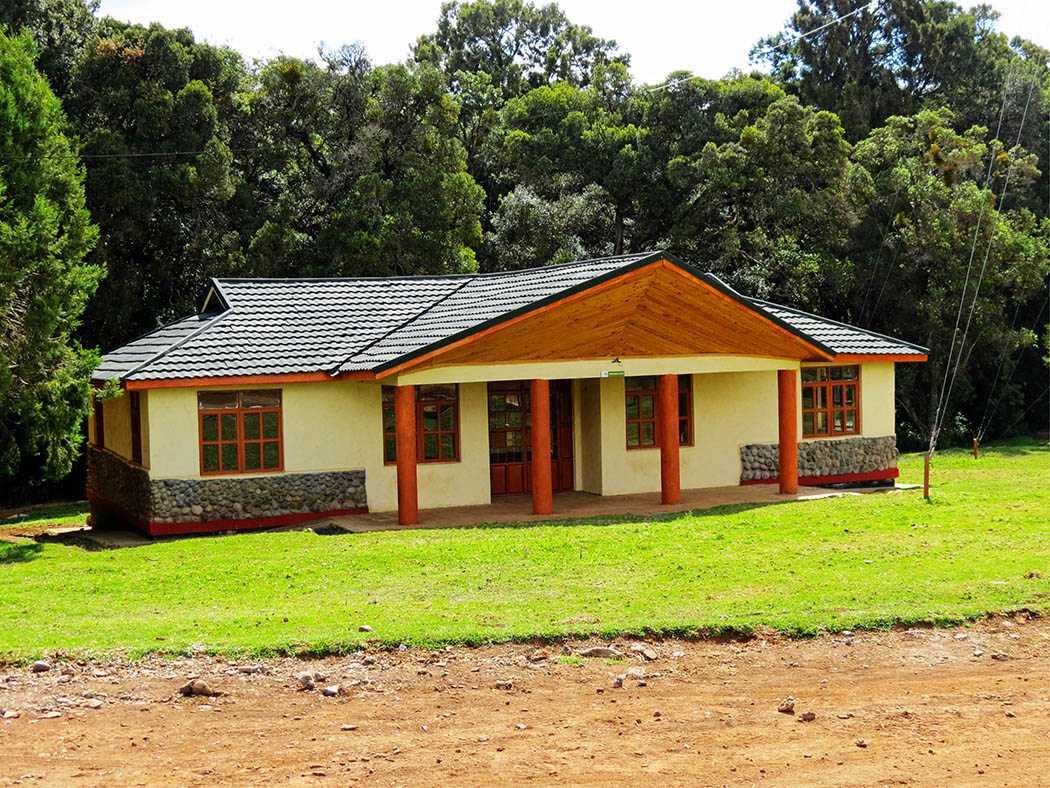 Mount Kenya_House Sirimon Gate