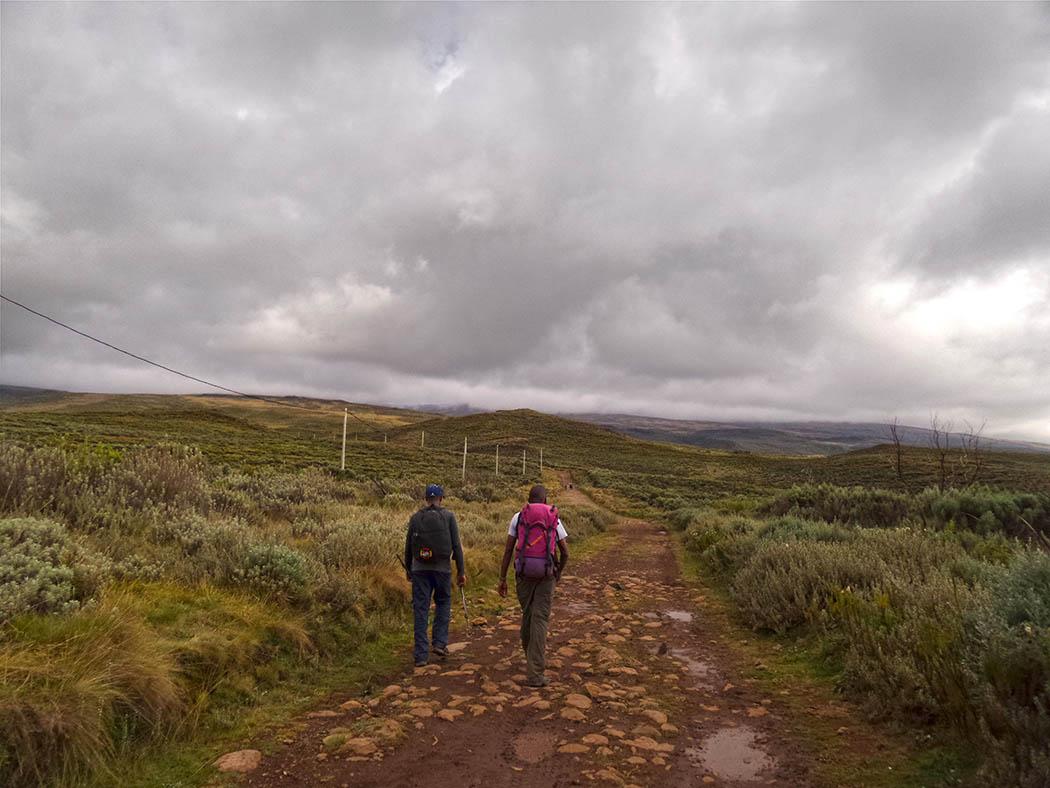 Mount Kenya_beginning hike 4