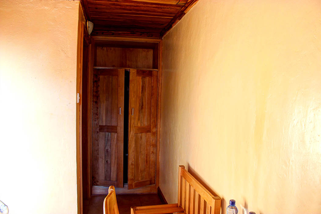Kerio View Hotel_closet