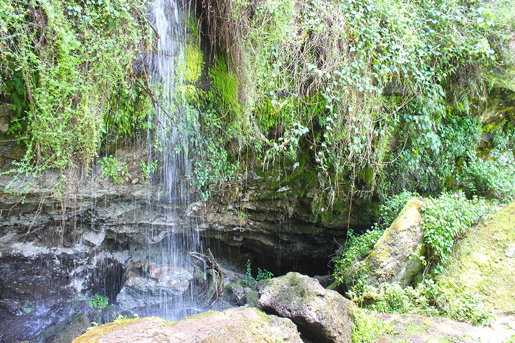 Mt Elgon National Park_Kitum Cave falls