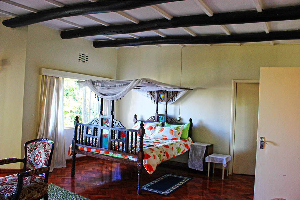 Kapsimotwa gardens_master bedroom