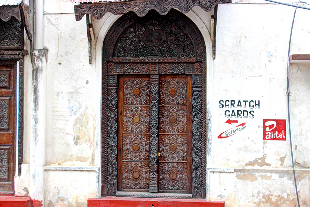 Mombasa Old Town_Carved door2
