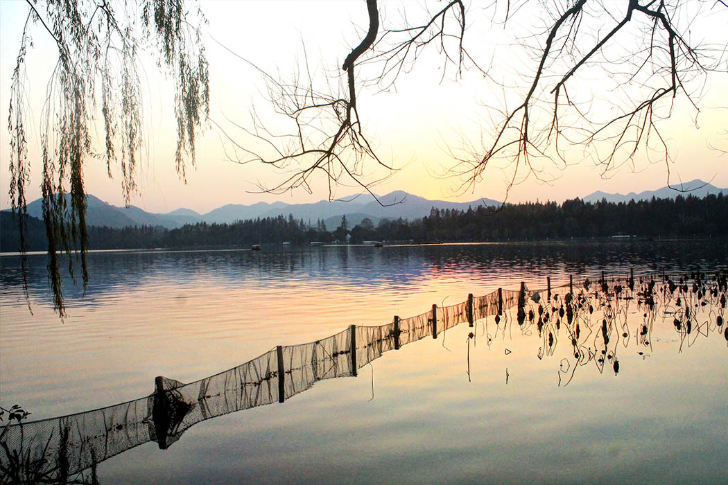 Hangzhou_Sunset on The Lake 2