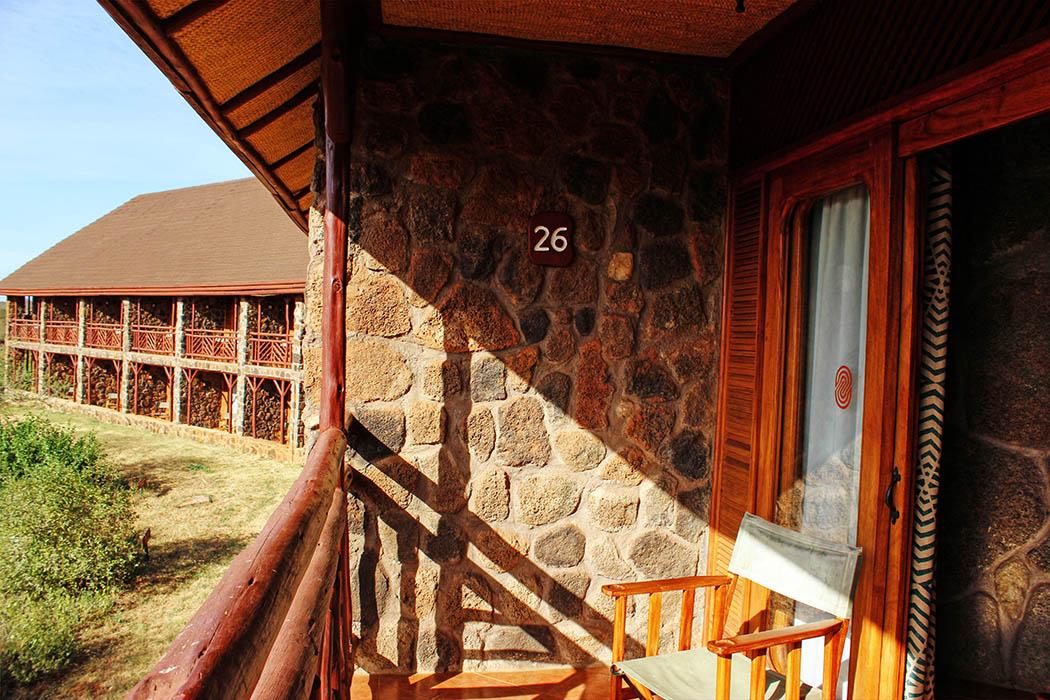 Kilaguni Serena safari Lodge_balcony1